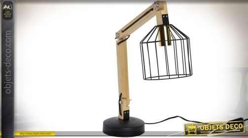 Lampe d'atelier ou de bureau avec pied téléscopique en bois naturel orientable et réflecteur en wireframe en métal noir.  1 x E14.