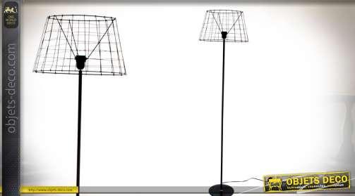 Lampadaire original de style rétro et design, en métal noir, avec abat-jour effet wireframe Ø 42 cm. Eclairage : 1 x E27.