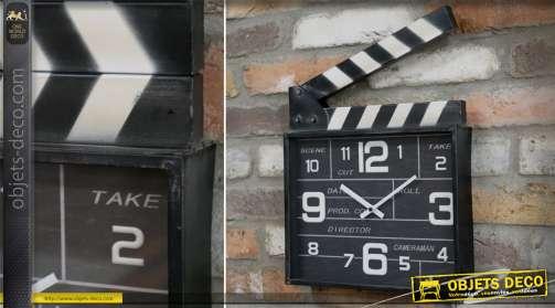 Horloge en métal thème cinéma en forme d'ancien clap de tournage