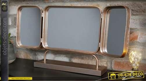 Miroir triptyque à poser, de style vintage avec encadrements en métal à angles arrondis finition vermeil cuivré