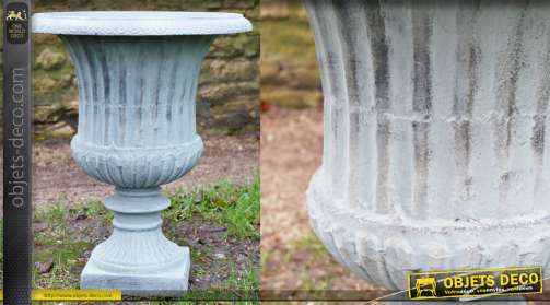Vase en fonte pour jardin ou terrasse, finition bleu ciel et reflets cuivre, forme Médicis