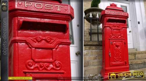 Boîte au lettre en fonte colonne Post anglais rouge