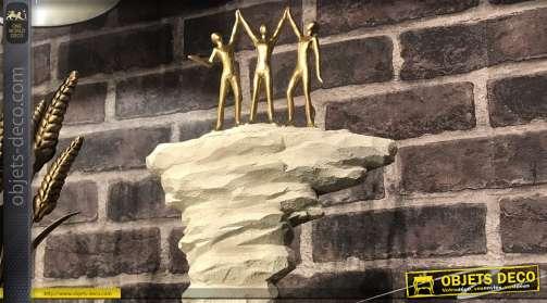 Trophée de la victoire en résine, esprit escalade de montagne en trio, personnages dorés