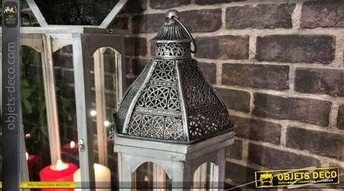 Set de 2 grandes lanternes en bois finition vieux gris et chapeau en métal anthracite foncé argenté 75cm