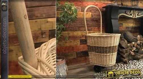 Chariot à bois en osier, finition bicolore naturelle et brune au centre effet bande, grande anse en bois, 98cm de haut