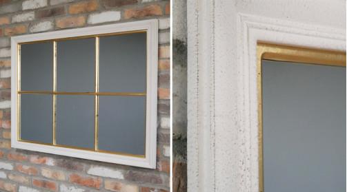 Miroir mural en bois en forme de fenêtre, décoration de charme finition blanche et dorée effet anciennes patines