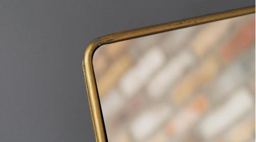 Miroir de table rectangulaire en métal, finition dorée effet ancien, 33cm de haut