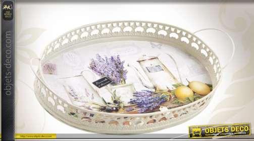 Ensemble composé de deux plateaux de forme ovale en métal laqué blanc avec illustrations sur le thème de la Provence
