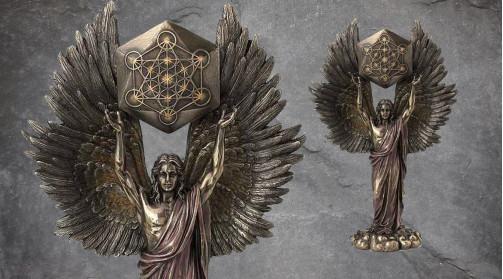 Statuette en résine de l'ange Métatron, ailes déployées, finition laiton vieilli