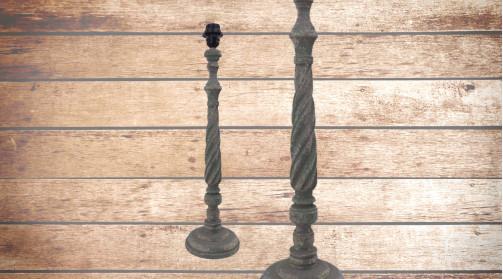 Pied de lampe en bois tourné, modèle indémodable intemporel, finition usé